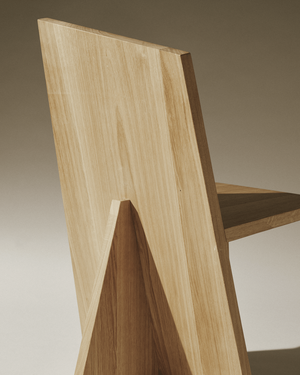 Nazara_Lazaro_Crooked_Dining_Chair_01