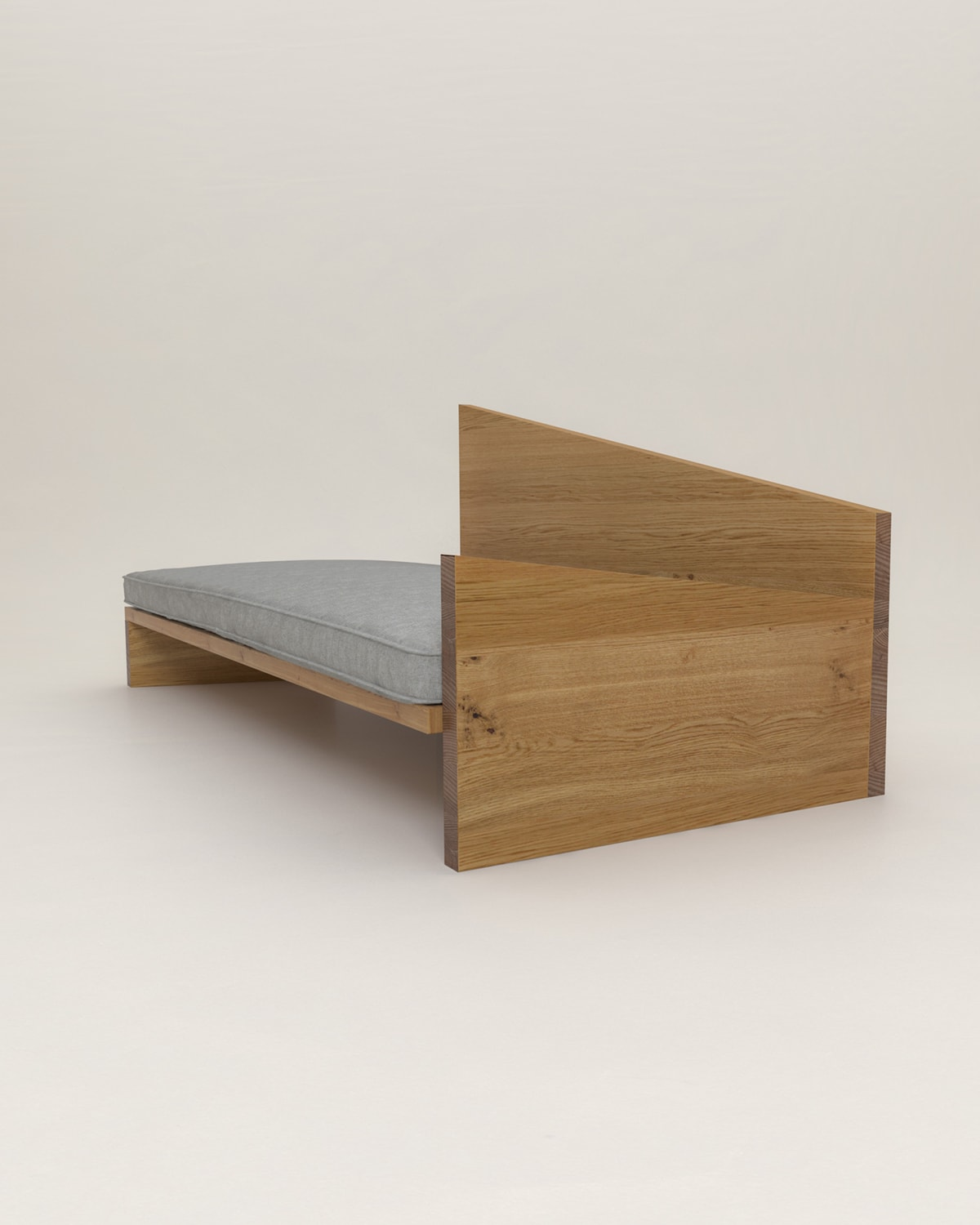 crooked_daybed_01_1